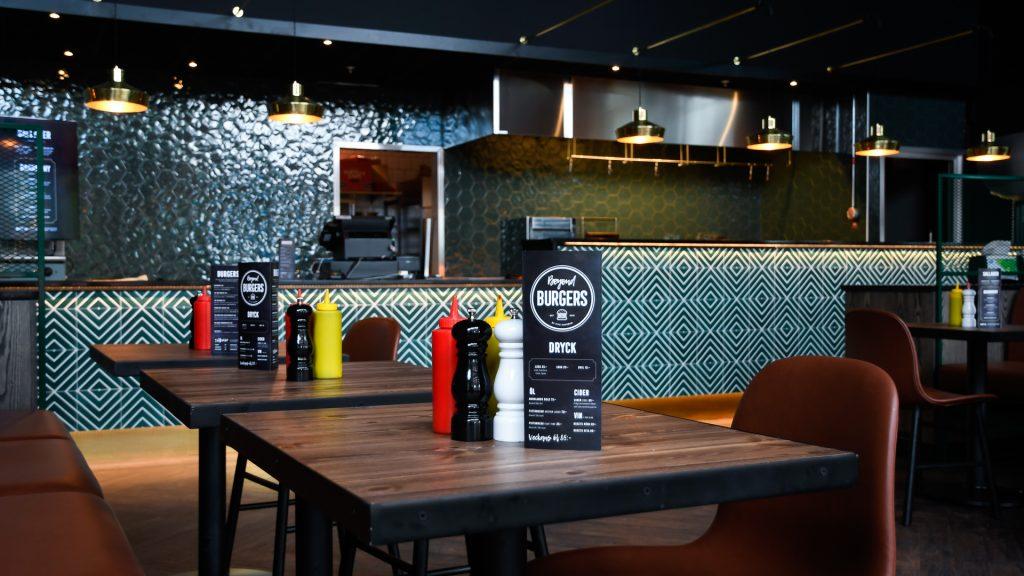 Pite-havsbad-restaurant-beyound-burgers-02